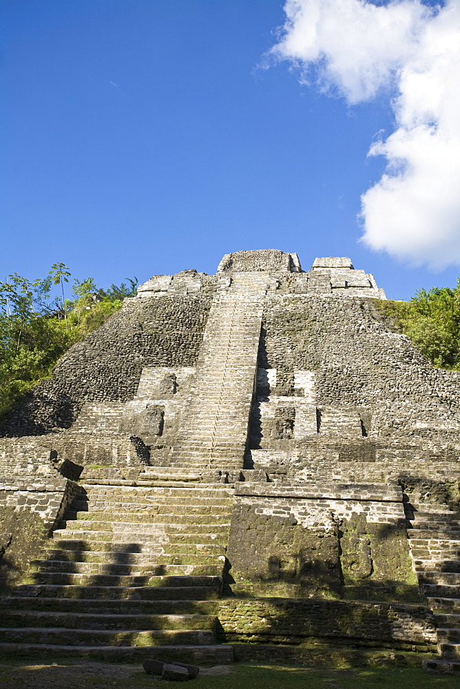 High Temple (Structure N10-43), the highest temple at the Mayan site at Lamanai, Lamanai, Belize, Central America