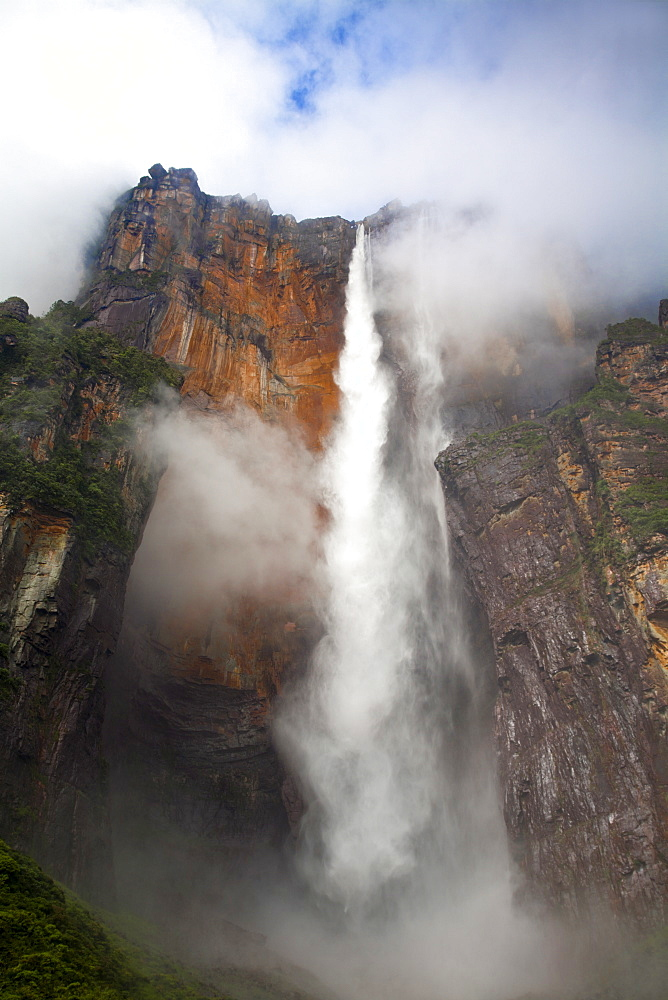 View of Angel Falls from Mirador Laime, Canaima National Park, UNESCO World Heritage Site, Guayana Highlands, Venezuela, South America