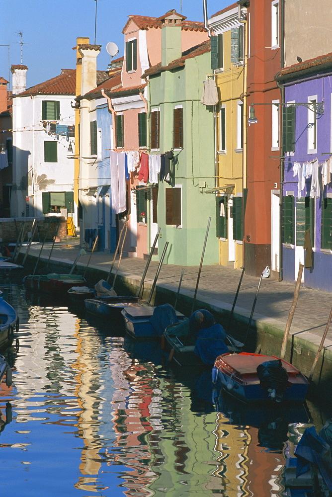 Painted houses, Burano, Venice, Veneto, Italy, Europe - 321-2897