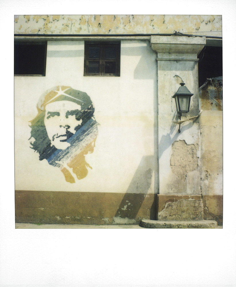 Polaroid of mural of Che Guevara painted on wall, Havana, Cuba, West Indies, Central America