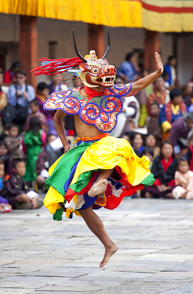 Monks performing traditional masked dance at the Wangdue Phodrang Tsechu, Wangdue Phodrang Dzong, Wangdue Phodrang (Wangdi), Bhutan, Asia