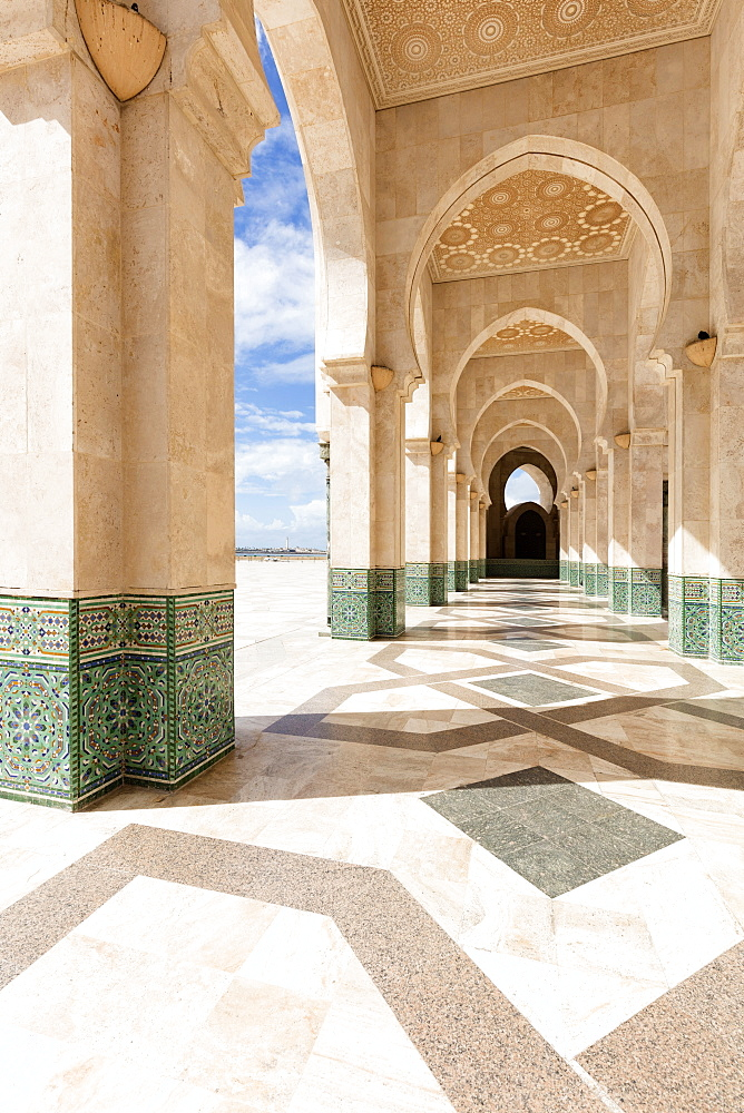 Arches and columns, part of the Hassan II Mosque (Grande Mosquee Hassan II), Casablanca, Morocco, North Africa, Africa