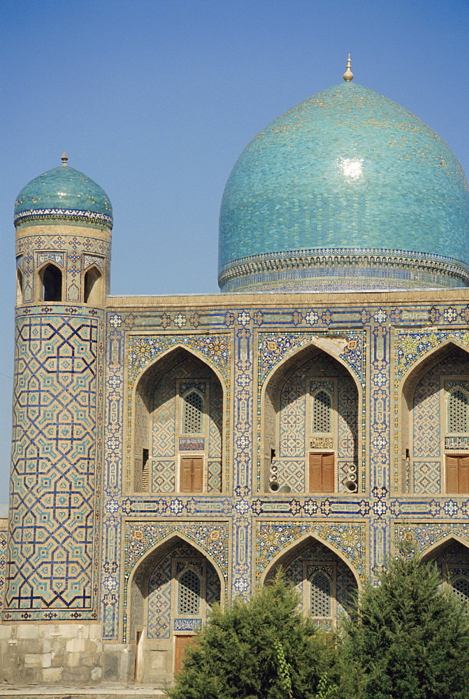 Registan Square, Mir-I-Arab Madressa (madrasa), Samarkand, Uzbekistan, Central Asia