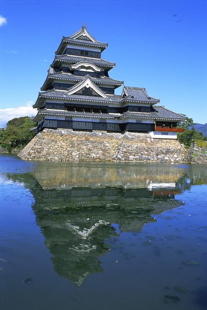 Matsumoto-jo (Matsumoto Castle), Matsumoto, Japan, Asia