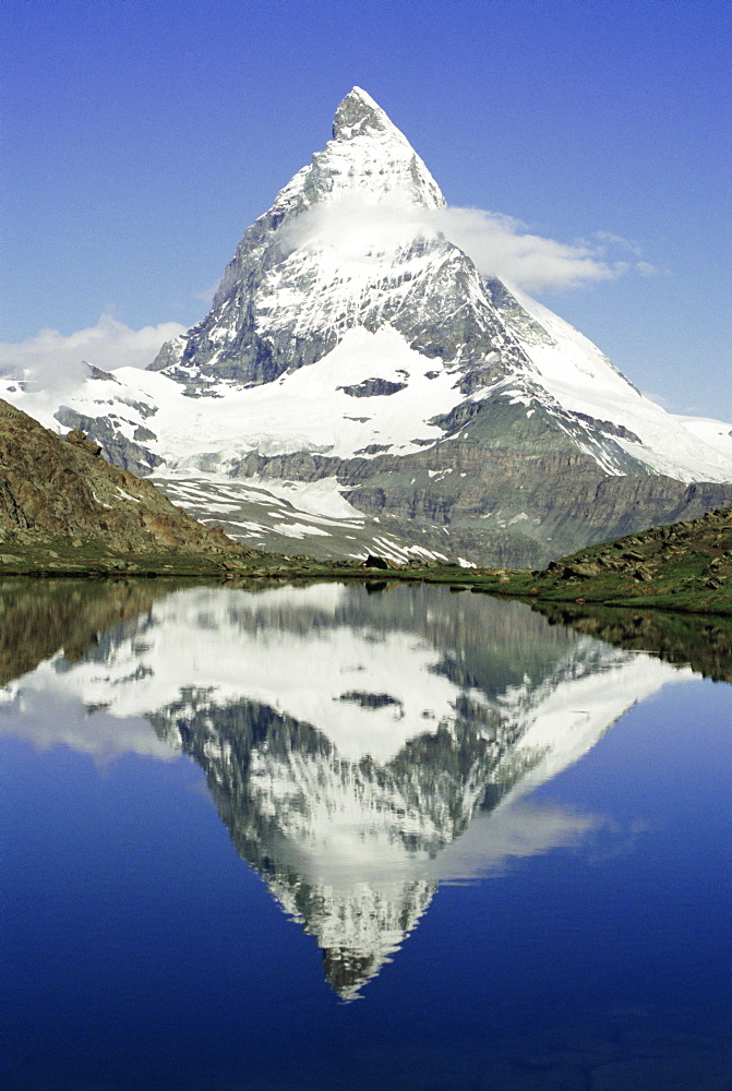 The Matterhorn mountain, Valais (Wallis), Swiss Alps, Switzerland, Europe - 367-168