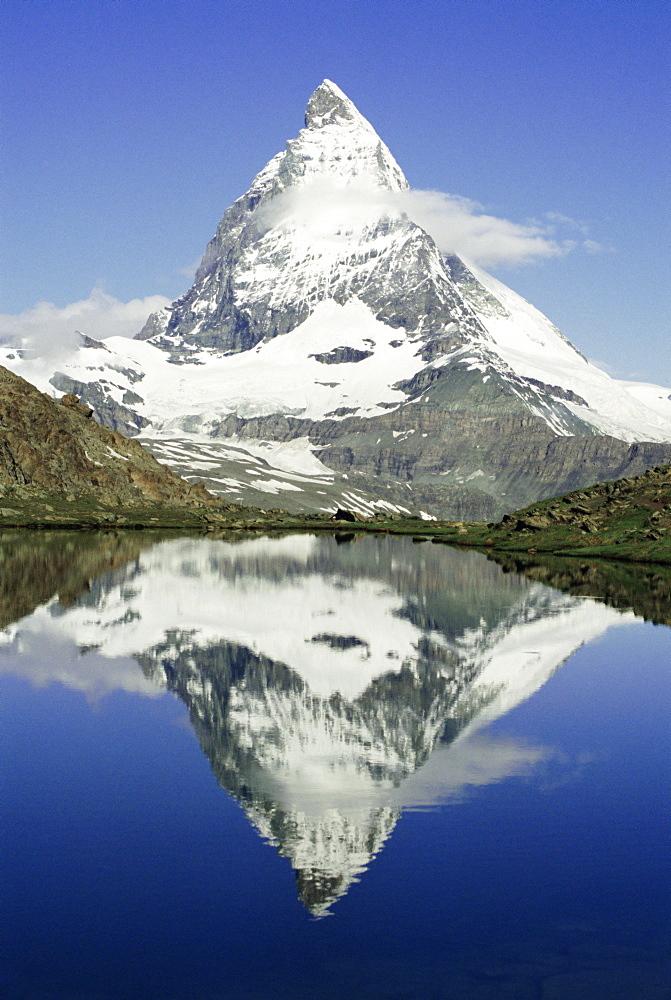 The Matterhorn mountain, Valais (Wallis), Swiss Alps, Switzerland, Europe - 367-168