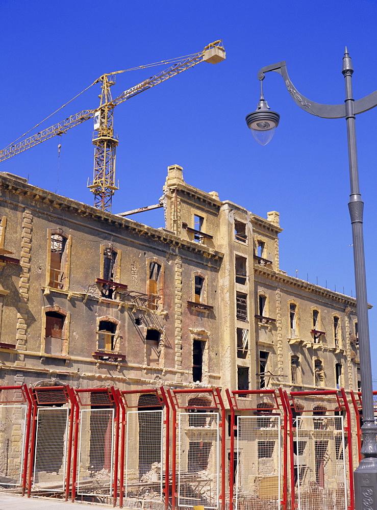 Rebuilding a building from the Ottoman era, central district, Beirut, Lebanon