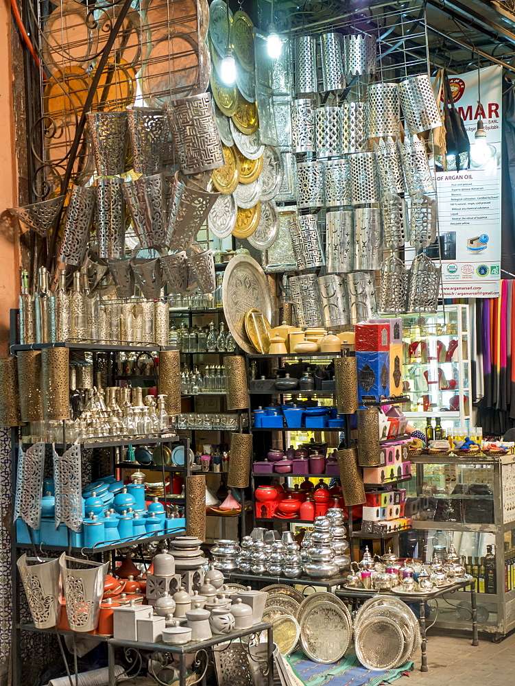 Shop in the Medina souk, Marrakech, Morocco, North Africa, Africa