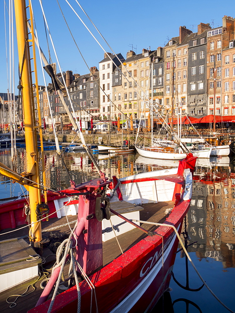 Honfleur port, Calvados, Normandy, France, Europe - 367-6301