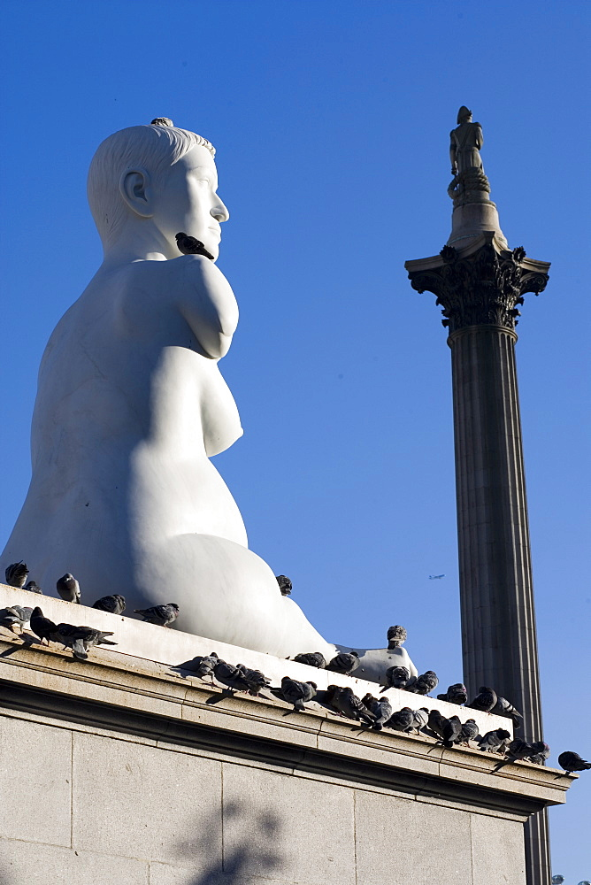 Statue of Alison Lapper, Pregnant, Trafalgar Square, London, England, United Kingdom, Europe - 375-780