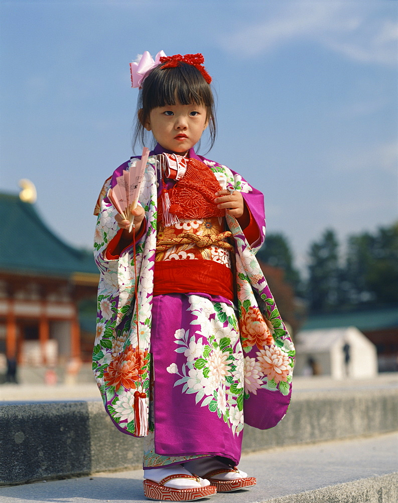 Portrait of a little girl in traditional dress, in Kyoto, Japan, Asia - 377-26