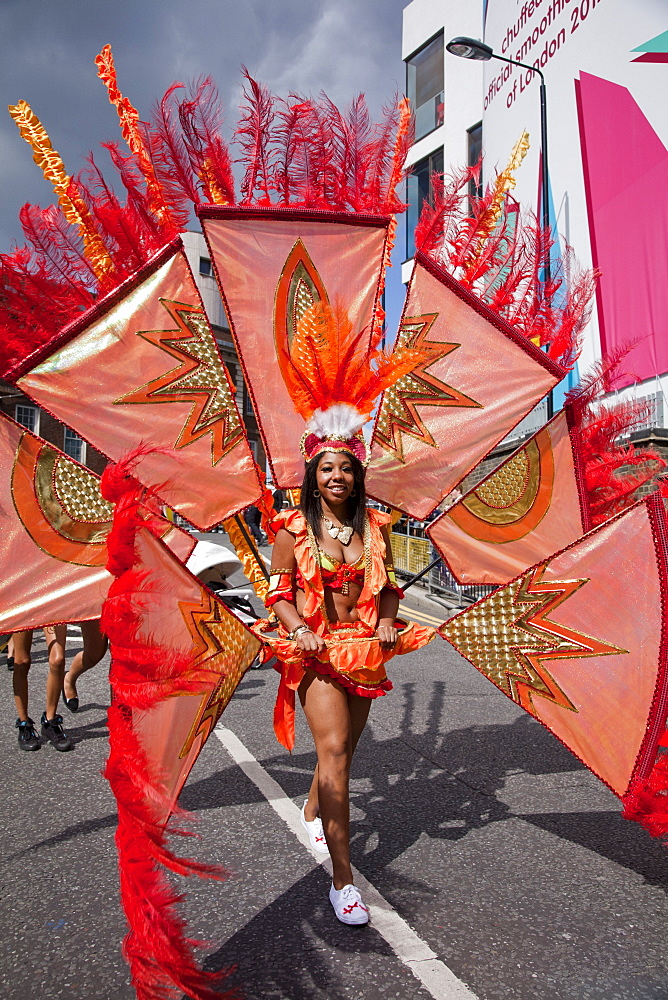 Female participant at the 2012 Notting Hill Carnival, Notting Hill, London, England, United Kingdom, Europe - 377-3912