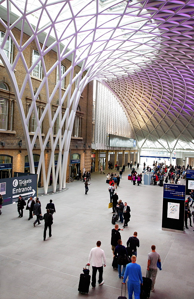 Kings Cross Underground and Rail Station, London, England, United Kingdom, Europe - 377-3961