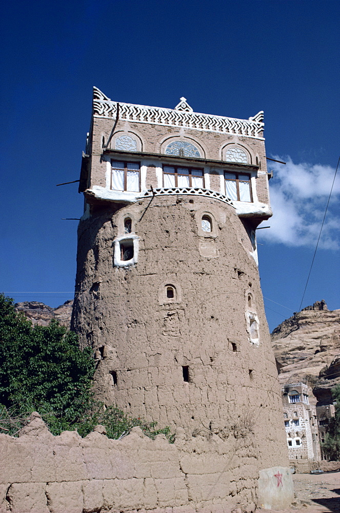 Mixed architecture, Wadi Dhar, Yemen, Middle East