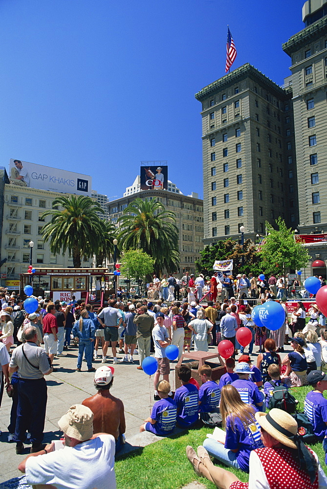 Crowds at the annual cable car bell ringing contest, in Union Square in downtown San Francisco, California, United States of America, North America