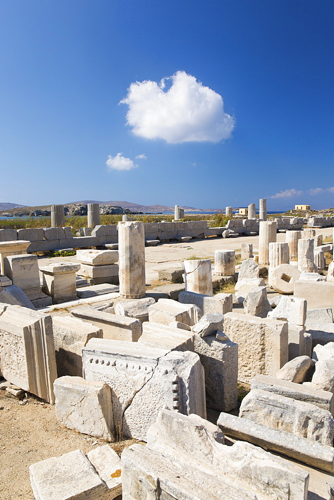 Archaeological remains near the harbour, Delos, UNESCO World Heritage Site, Cyclades Islands, South Aegean, Greek Islands, Greece, Europe - 390-2997