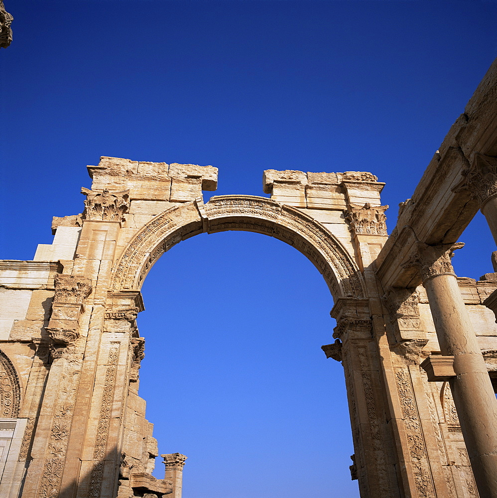 Roman triumphal arch, dating from the 1st century AD, Palmyra, UNESCO World Heritage Site, Syria, Middle East