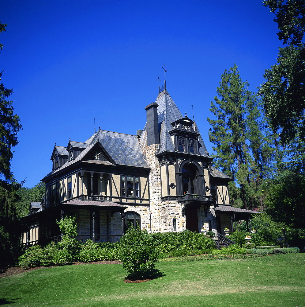 Frederick Beringer's Rhine House at the Beringer Brothers vineyard, founded in 1883, St. Helena, Napa Valley, California, United States of America, North America