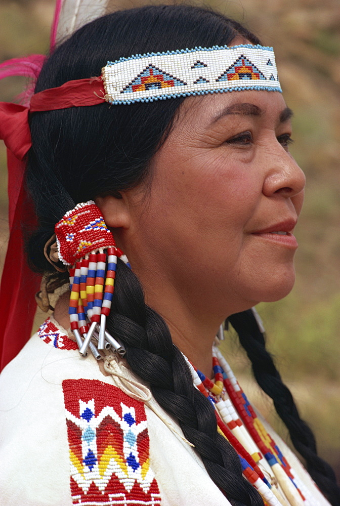 Wife of Kiowa Indian chief, Gallup, New Mexico, United States of America, North America - 399-1135