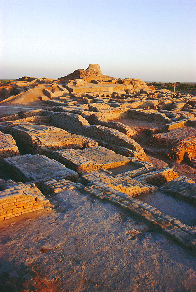 The Citadel with Buddhist Stupa 2nd century AD, Mohenjodaro, Indus Valley Civilization 3rd-2nd centuries BC, Pakistan
