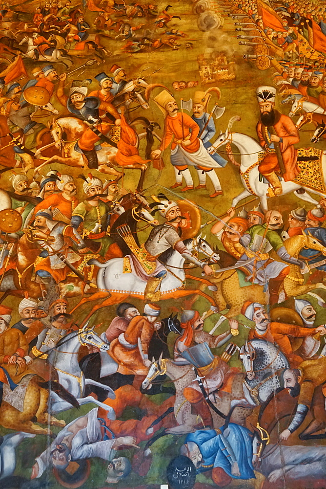 Mural of Battle of Chaldoran 1518 AD, Chehel Sotun (Chehel Sotoun) (40 Columns) Palace, Isfahan, Iran, Middle East