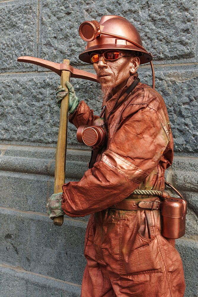 Street performer called Mr Copper, Plaza des Armas, Santiago, Chile, South America - 450-4255