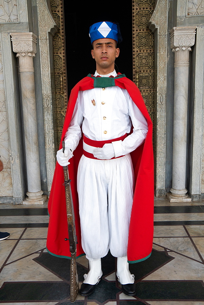 Soldier standing guard in traditional dress, Mausoleum of Mohamed V, Rabat, Morocco, North Africa, Africa - 450-4399