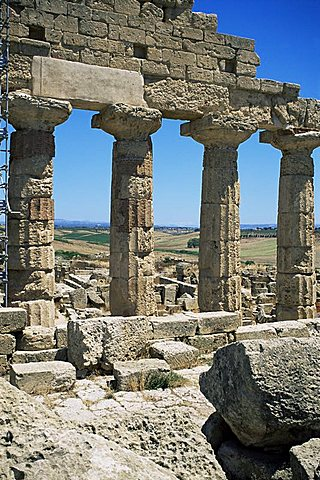 Ruins of Greek temple, Selinunte, Sicily, Italy, Europe - 478-4308
