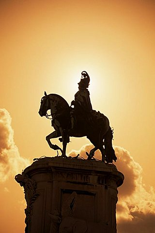 Statue, Black Horse Square (Praca do Comercio), Lisbon, Portugal, Europe - 478-582