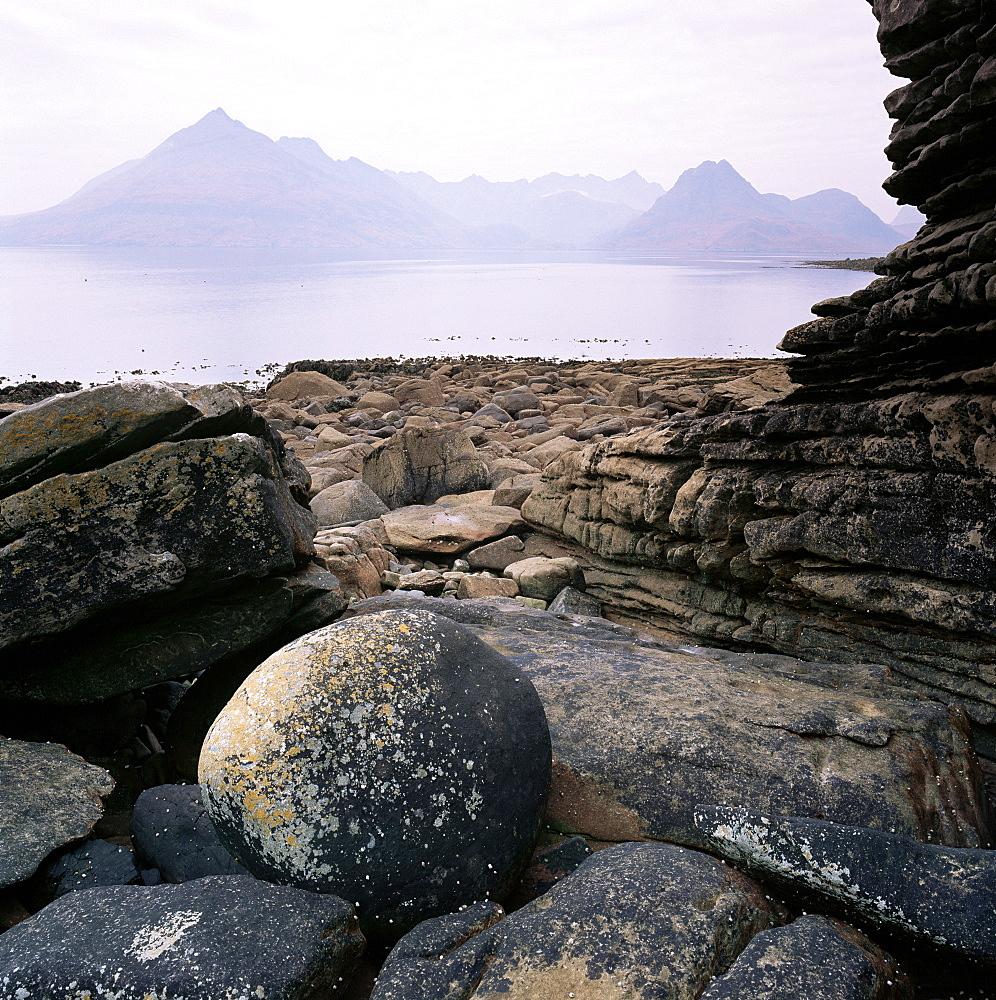 The Cuillins from Elgol, Skye, Highland region, Scotland, United Kingdom, Europe