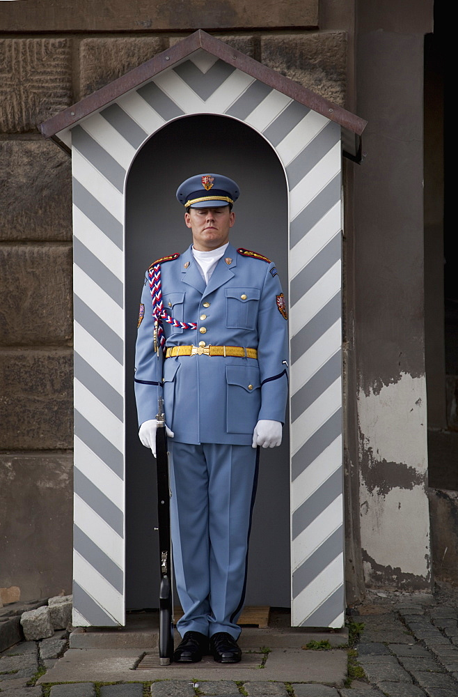 Sentry in his sentry-box at Prague Castle, Prague, Czech Republic, Europe