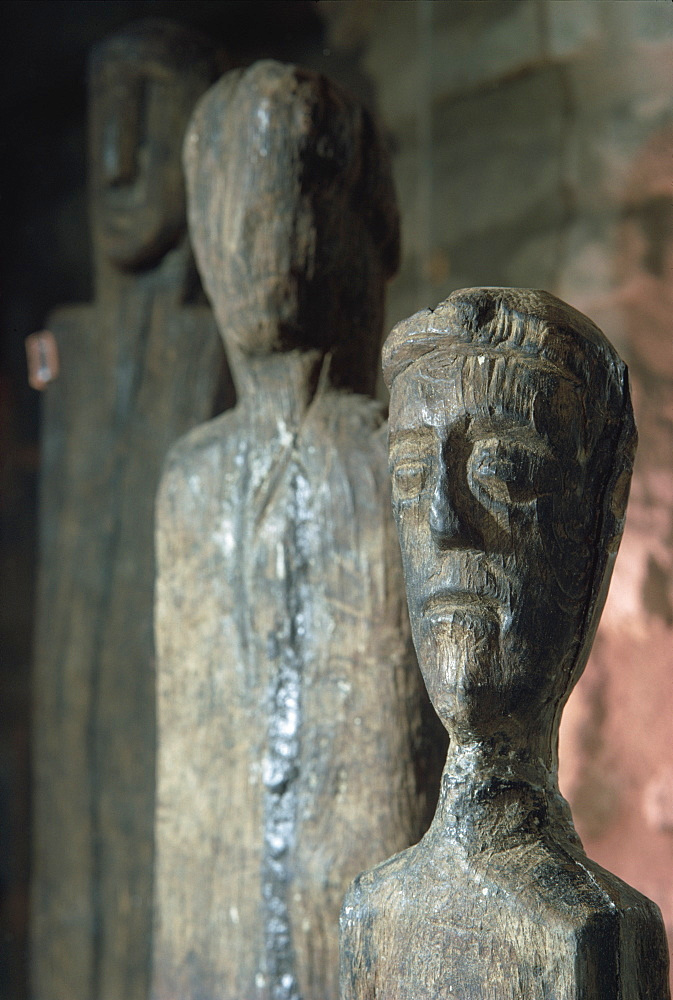 Statues of Gauls or Celts in oak, dating from around 200 BC, France, Europe - 508-14509