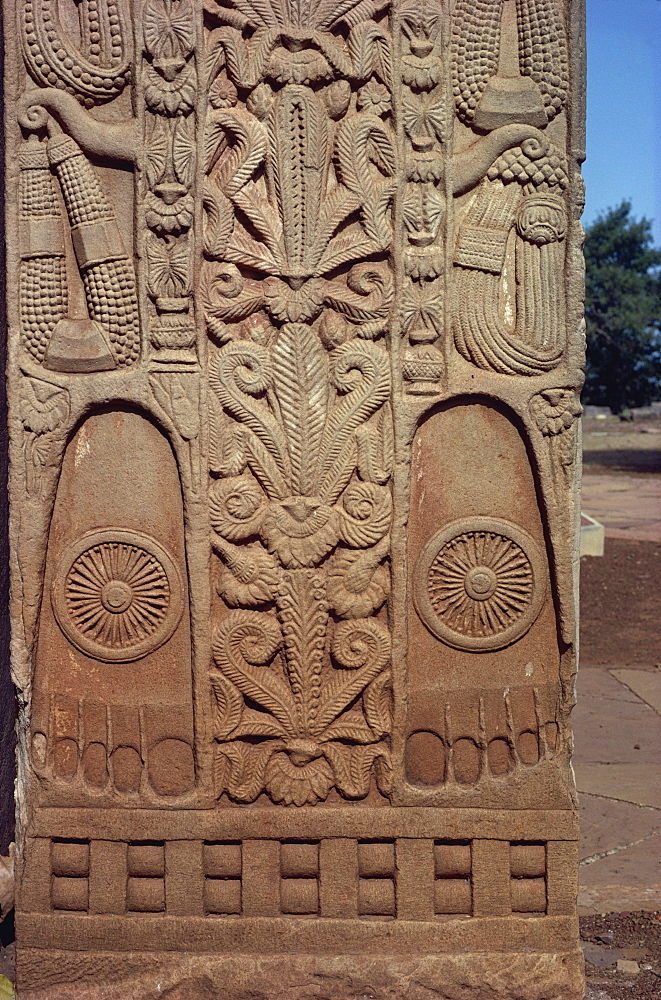 Detail of North Gate of the Great Stupa, Sanchi, UNESCO World Heritage Site, near Bhopal, Madhya Pradesh state, India, Asia - 508-8829