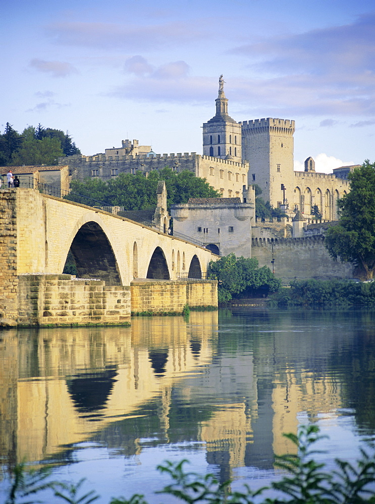 Papal Palace and bridge over the River Rhone, Avignon, Provence, France, Europe - 526-1872