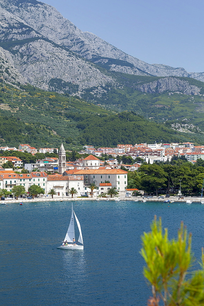 Makarska harbour with yacht and mountains behind, Dalmatian Coast, Croatia, Europe - 526-3779