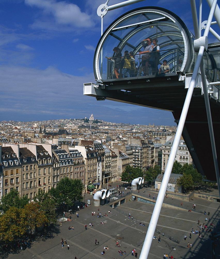 Viewing balcony, Pompidou Centre, Beaubourg, Paris, France, Europe