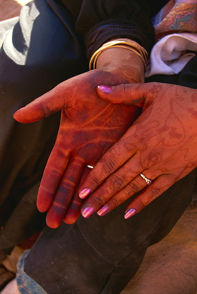 Woman's hands with henna colour, Wadi Rum, Jordan, Middle East - 574-806