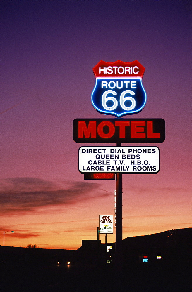 Motel sign, Route 66, Arizona, United States of America, North America - 580-1256