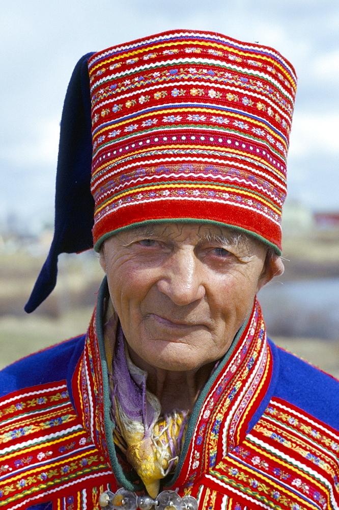 Sami man (Lapplander) in Kautokeino costume, Finnmark, Arctic Norway, Norway, Scandinavia, Europe