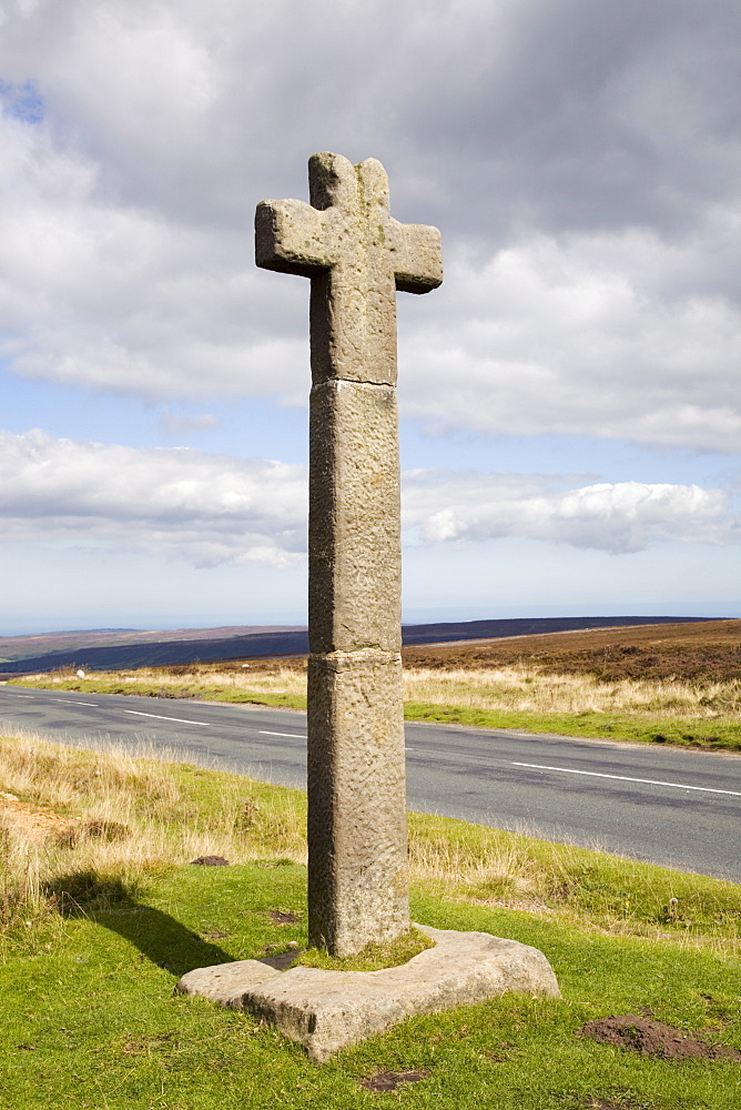 Young Ralph Cross near Rosedale Head, a medieval marker stone above Esk Dale, now symbol of North York Moors National Park, Westerdale Moor, North Yorkshire, England, United Kingdom, Europe - 586-1378