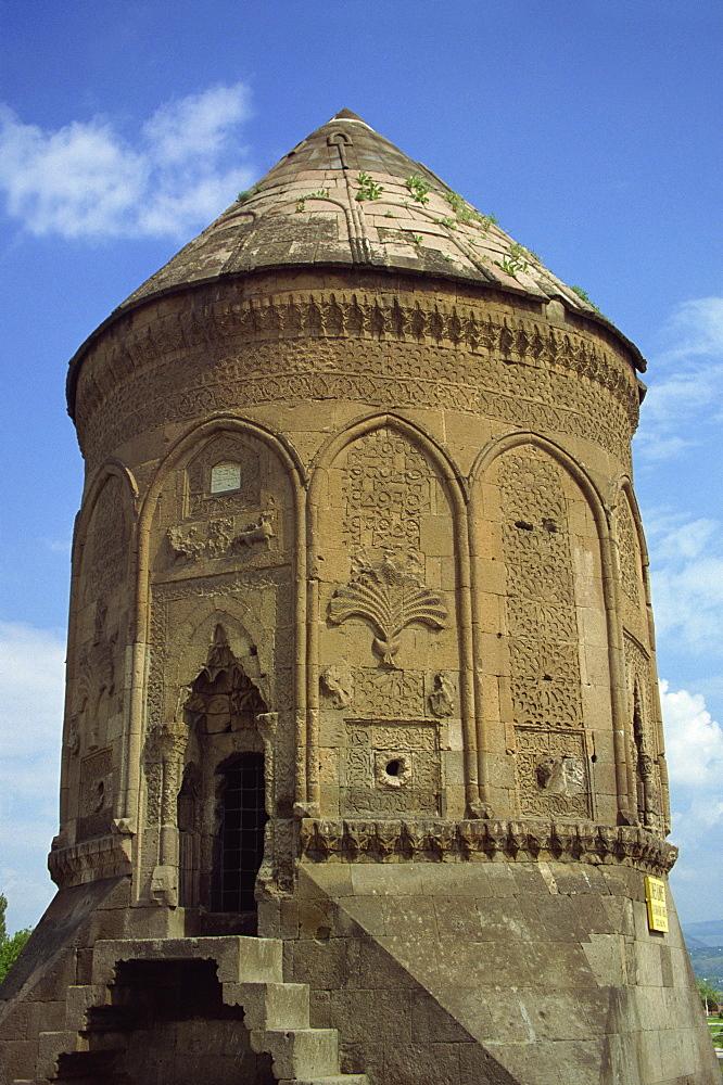 The Doner Kumbet (Rotating Tower), Kayseri, Anatolia, Turkey, Asia Minor, Eurasia - 59-2318
