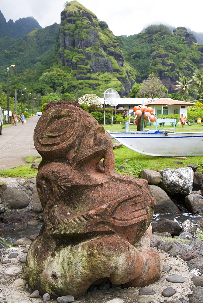 Tiki, Hanavave, Island of Fatu Hiva, Marquesas Islands, French Polynesia