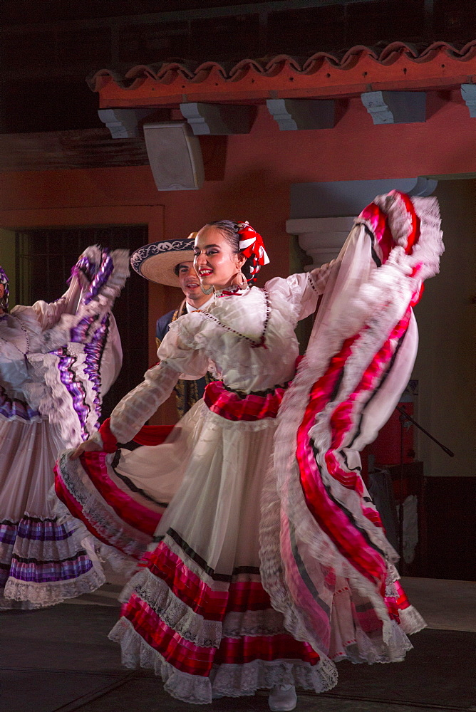 Mexican Traditional folk dancing, Puerto Vallarta, Jalisco, Mexico, North America - 632-5350