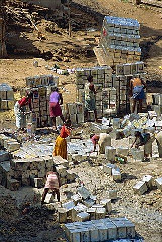 Stacking tins, Tamil Nadu state, India, Asia