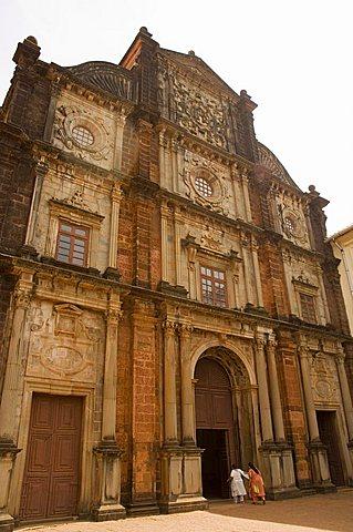 The Basilica of Bom Jesus, built 1594, Old Goa, Goa, India