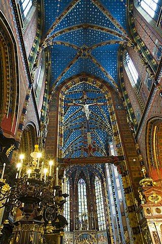 Interior of St. Mary's church or basilica, Main Market Square (Rynek Glowny), Old Town District (Stare Miasto), Krakow (Cracow), UNESCO World Heritage Site, Poland, Europe