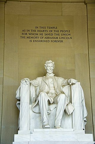 Statue of Abraham Lincoln in the Lincoln Memorial, Washington D.C. (District of Columbia), United States of America, North America