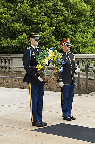 Wreath laying ceremony at the Tomb of the Unknown Soldier, Arlington National Cemetery, Arlington, Virginia, United States of America, North America