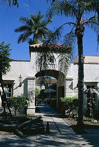 Worth Avenue, exclusive Mediterranean style shopping street, Palm Beach, Florida, United States of America (U.S.A.), North America