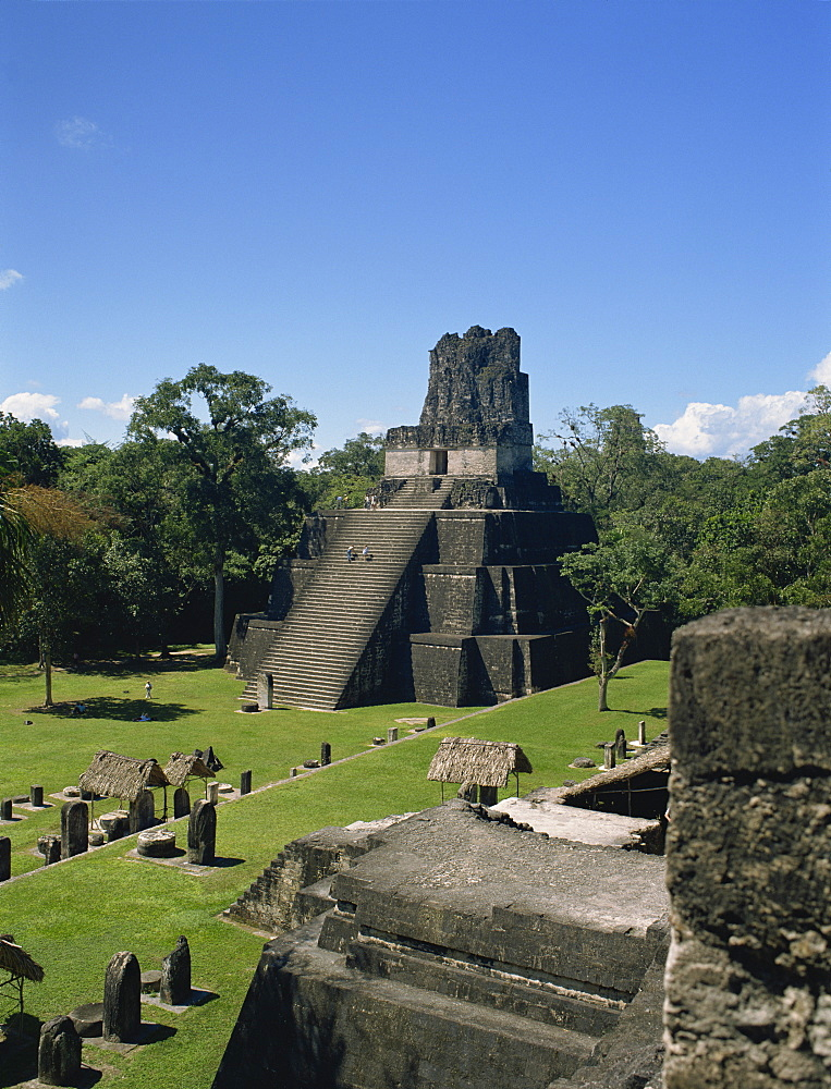 Temple II, Great Plaza, Tikal, UNESCO World Heritage Site, Guatemala, Central America